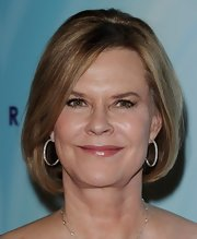 JoBeth Williams styled her hair into an elegant bob for the 2011 Crystal + Lucy Awards.