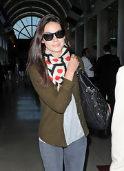 Michelle Monaghan finished off her ensemble with a pair of wayfarers.