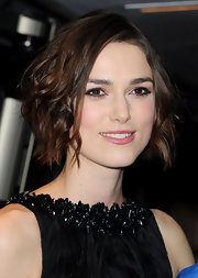 Keira Knightley wore short wavy tresses that were equal parts edgy and cute during the 'Children's Hour' press night.