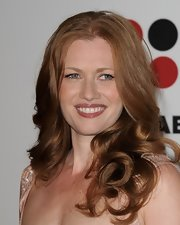 Mireille Enos wore her bouncy wavy locks down at the Critics' Choice Television Awards.