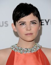 Ginnifer Goodwin sported a slightly messy pixie at PaleyFest 2013.