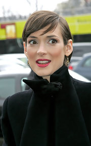 Winona Ryder looked cute with her short side-parted 'do at the Valentino Fall 2008 show.