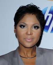 Toni Braxton rocked a messy-chic short hairstyle at the 2011 pre-Grammy party.