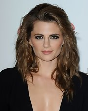 Stana Katic rocked big, '80s-inspired hair during the Beverly Hills Hotel 100th anniversary.