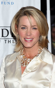 Deborah Norville attended the New York premiere of 'Star Wars: Episode III – Revenge of the Sith' wearing her hair in a layered razor cut.