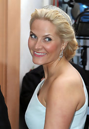 Princess Mette-Marit added more sparkle with a diamond tiara.