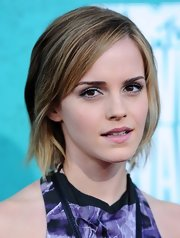 Emma Watson looked cool with her short side-parted layers at the MTV Movie Awards.
