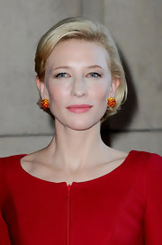 Cate Blanchett wore her hair in a demure bob at the Armani Prive Fall 2011 show.