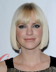 Anna Faris rocked a platinum-blonde bob at the 2012 CinemaCon Big Screen Achievement Awards.