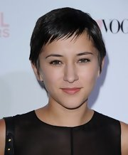Zelda Williams attended the 2010 Teen Vogue Young Hollywood party wearing her hair in a pixie.