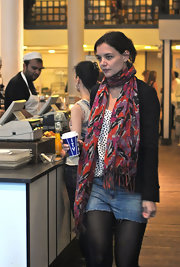 Katie Holmes rounded out her ensemble with a colorful scarf.