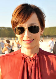 Kristin Scott Thomas went casual with this short side-parted 'do at the Lanvin Spring 2012 show.