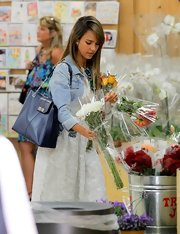 Jessica Alba went shopping for flowers carrying an elegant black leather shoulder bag.