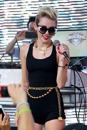 Miley Cyrus kept the Miami sun out with a pair of oversized cateye sunnies by Thierry Lasry.