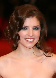 Anna Kendrick looked romantic wearing this very loose updo at the BAFTAs.