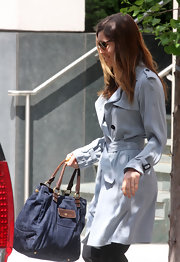 Jessica Biel's denim tote and trenchcoat were a very chic pairing.