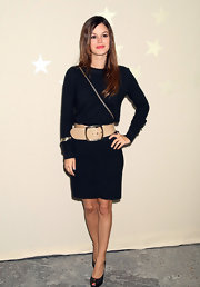 Rachel Bilson spruced up her simple dress with an oversized nude belt by Chanel.