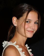 Katie Holmes accessorized with a pair of diamond studs.