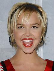 Arielle Kebbel attended the LA premiere of 'Step Up' wearing this layered razor cut.