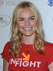 Kate Bosworth styled her tee with a simple star pendant necklace.