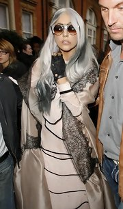 Lady Gaga's fingerless gloves added a dose of edge to her blush gown.