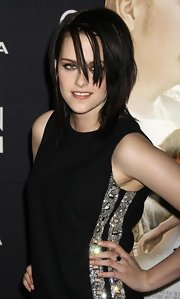 Kristen Stewart paired a gemstone ring with a bejeweled LBD for the LA premiere of 'The Yellow Handkerchief.'