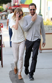 Kate Bosworth paired her tee with purple Current/Elliot jeans that featured a subtle paisley print.