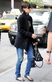 Katie Holmes kept it comfy and cute in bronze ballet flats by Lanvin.