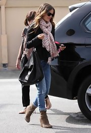 Rachel Bilson sweetened up her look with a pink polka-dot scarf.