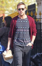 Ryan Gosling embodied the hip New York City vibe with a gray graphic print T-shirt.