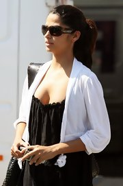 Camila Alves stepped out on a sunny day in Malibu wearing a pair of oval shades.