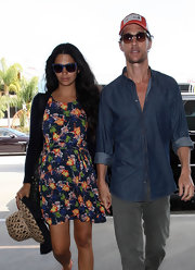 Camila Alves finished off her ensemble with a cute straw hat.