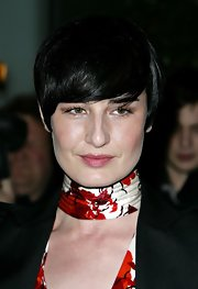Erin O'Connor wore a short emo cut at the 'Sleeping Beauty' VIP reception.