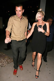 Gwen Stefani looked foxy in a spaghetti-strap LBD while enjoying a date night with husband Gavin.