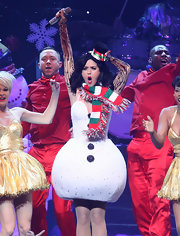 A fringed red, green, and white scarf completed Katy Perry's costume.