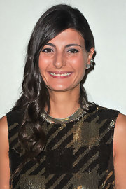 Giovanna Battaglia topped off her look with a thick gold collar necklace.