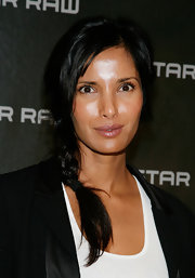 Padma Lakshmi sported a cute side braid at the 'Che' private dinner.