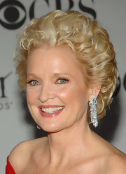 Christine Ebersole looked glam with her teased curls at the 2007 Tony Awards.