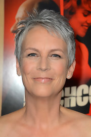 Jamie Lee Curtis sported a tousled pixie at the premiere of 'Hitchcock.'
