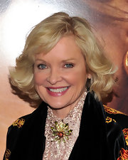 Christine Ebersole kept it classic with this curly bob at the world premiere of 'The Tourist.'