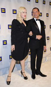 Cyndi Lauper attended the Human Rights Campaign National Dinner wearing a black wrap-dress and a pair of platform peep-toes.