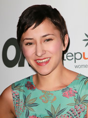 Zelda Williams looked cute with her pixie cut at the Women of Music celebration.
