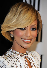Keri Hilson sported a '70s-inspired bob at the 2011 BMI Pop Music Awards.