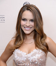 Chrishell Stause opted for a loose wavy hairstyle when she attended the Daytime Emmy nominees cocktail reception.