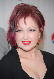 Cyndi Lauper donned a pair of beaded dangle earrings at the Drama League Awards Ceremony.