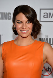 Lauren Cohan went modern with this short asymmetrical wavy 'do at the premiere of 'The Walking Dead' season 3.