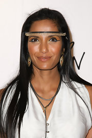 Padma Lakshmi amped up the exotic feel with Cleopatra-inspired eye makeup.