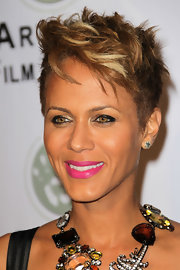 Nicole Ari Parker went majorly edgy with this messy cut at the 2010 Artivist Film Festival Awards.