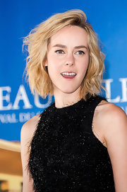 Jena Malone sported short, tousled waves at the Deauville Film Festival photocall for 'The Wait.'