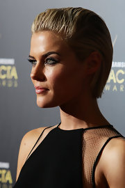 Rachael Taylor looked cool with her brushed-back 'do at the 2012 AACTA Awards.